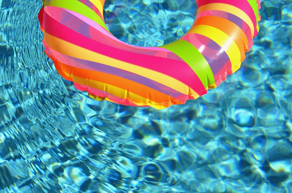 abri-piscine-polycarbonate