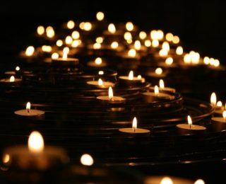 La signification et l'utilisation des bougies dans la pratique spirituelle