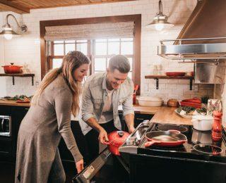 Des chaussures de sécurité conçues pour les femmes professionnelles de la cuisine