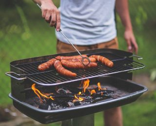 Comment cuire au barbecue charbon ?