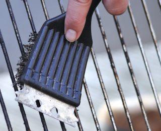 Comment nettoyer un barbecue en béton ?