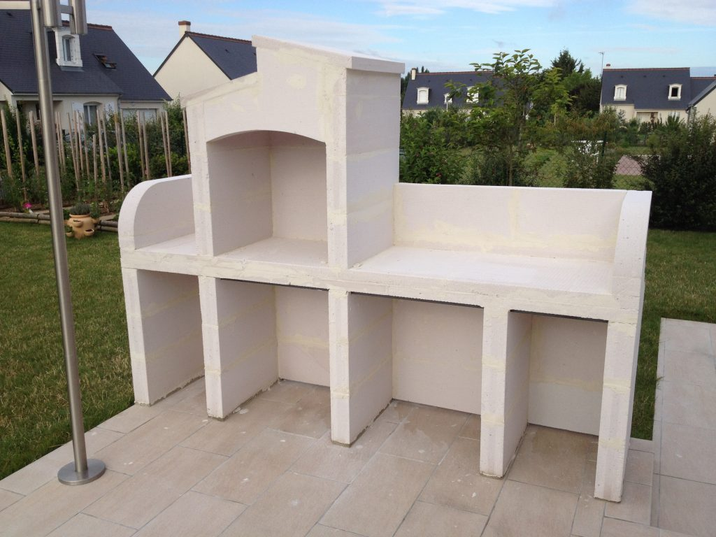 comment monter un barbecue en siporex. Black Bedroom Furniture Sets. Home Design Ideas