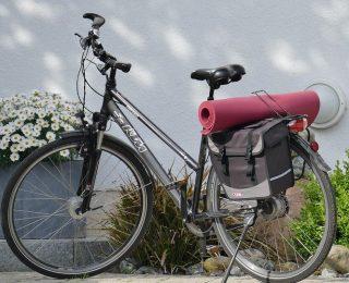Comment se préparer et économiser sur les trajets à vélo longue distance