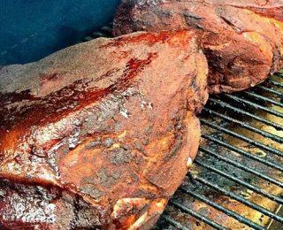 préparation de repas au barbecue numero 04