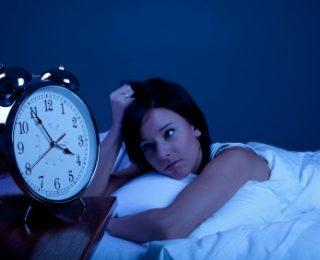 Antennes relais et troubles du sommeil : qu'en est-il exactement ?